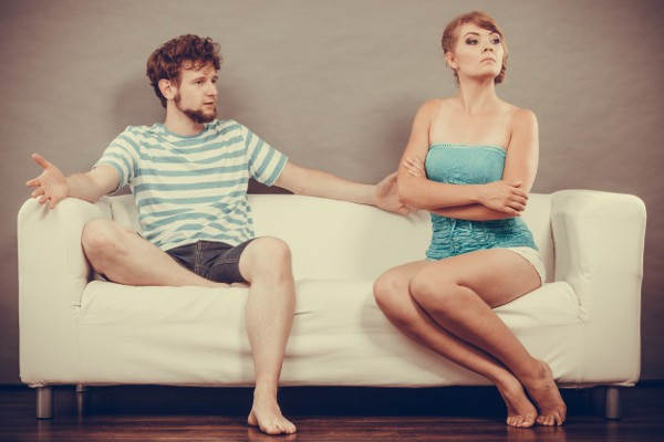 6 Uncomfortable Ways You're Unconsciously Sabotaging Your Love (And Your Life)
